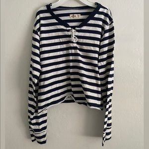 4/25 Hollister white/ blue stripped shirt